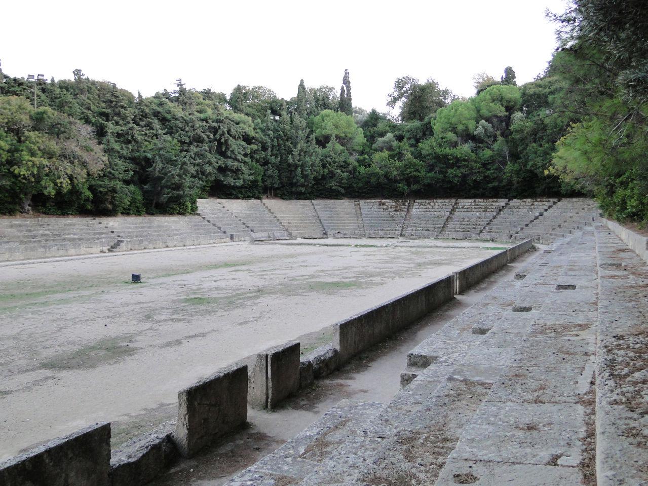 Ancient_stadium_of_Rhodes_03