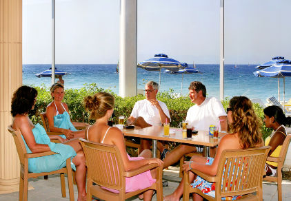02_poseidon-beachside-bar_sun_beach_resort